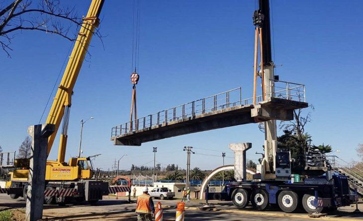 Desmontaje de puente peatonal